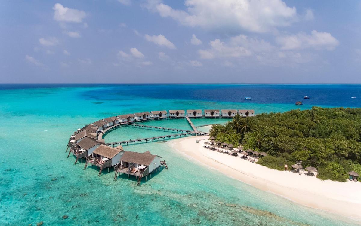 Maldív-szigetek / Reethi Beach Resort****