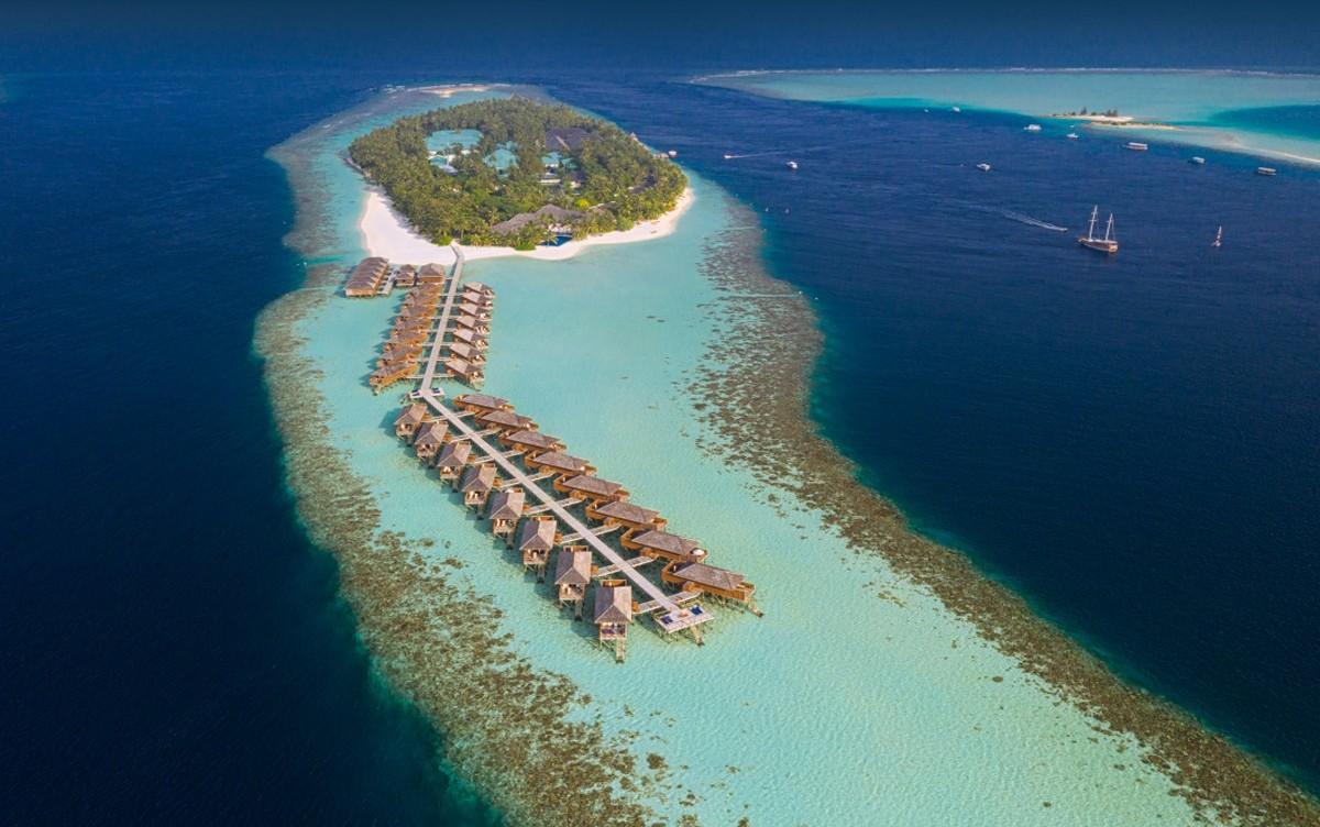 Maldív-szigetek / Vilamendhoo Island Resort****