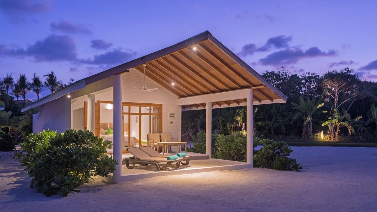 Maldív-szigetek / Innahura Maldives Resort****